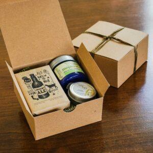 Hộp giấy gói quà (không kèm quà bên trong)